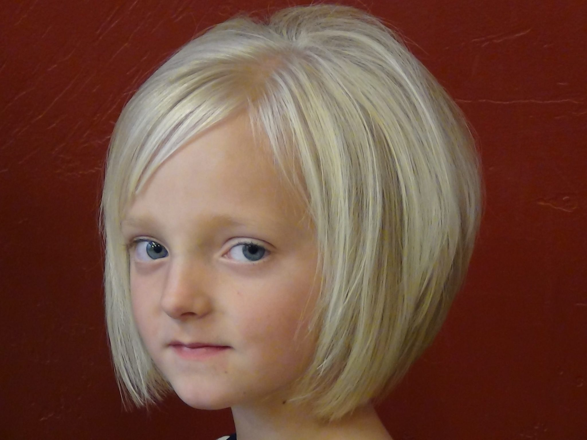best-cute-short-haircuts-for-little-girls-trendy