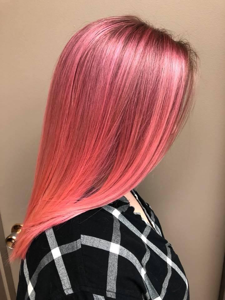 Pink hair hairstyle inn